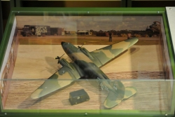 A23 AIRCRAFT MODEL DISPLAY CASE DSC3733